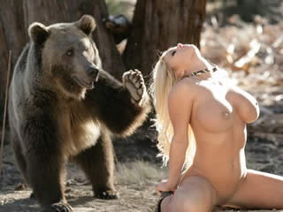 Bear wants to fuck this young traveler